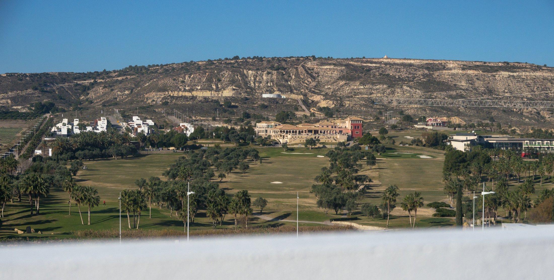 Appartement met 2 slaapkamers in golf community (Costa Blanca Zuid)